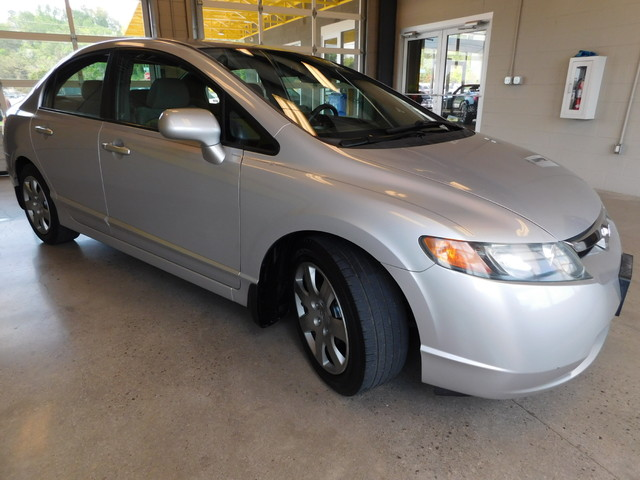 2008 Honda Civic LX  city TN  Doug Justus Auto Center Inc  in Airport Motor Mile ( Metro Knoxville ), TN