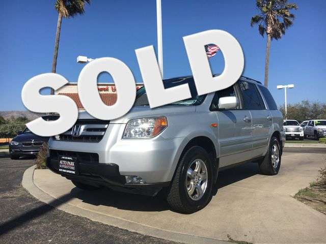 2008 Honda Pilot EX-L Get the gas mileage and the power you need with this V6 engineFine leather