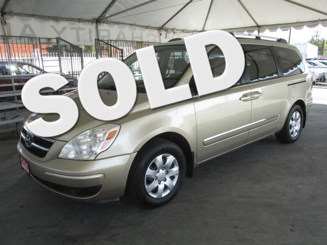 2008 Hyundai Entourage GLS This particular Vehicle comes with 3rd Row Seat Please call or e-mail