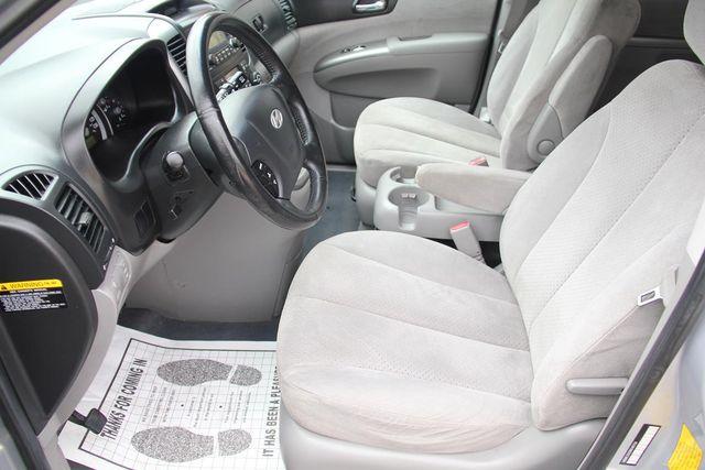 2008 Hyundai Entourage GLS Santa Clarita, CA 14