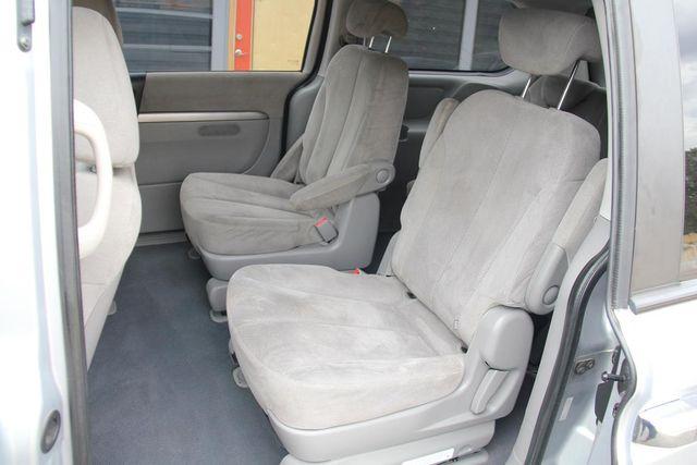 2008 Hyundai Entourage GLS Santa Clarita, CA 16