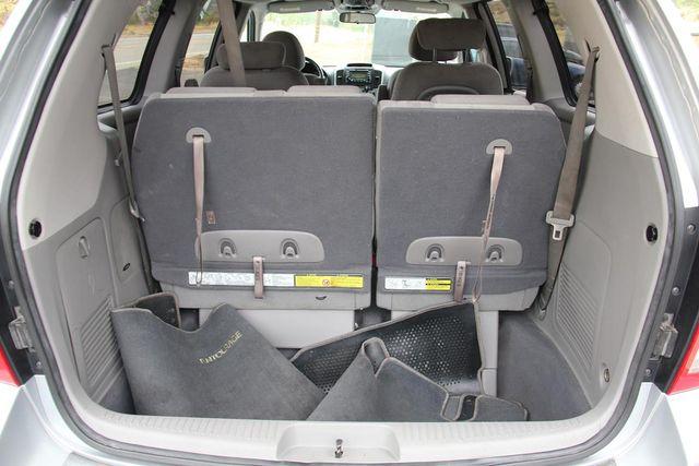 2008 Hyundai Entourage GLS Santa Clarita, CA 25