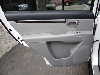 2008 Hyundai Santa Fe SE Milwaukee, Wisconsin 11
