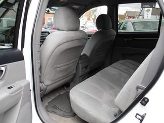2008 Hyundai Santa Fe SE Milwaukee, Wisconsin 9