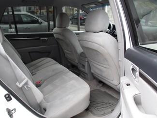 2008 Hyundai Santa Fe SE Milwaukee, Wisconsin 14