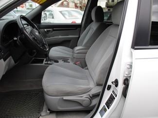 2008 Hyundai Santa Fe SE Milwaukee, Wisconsin 7