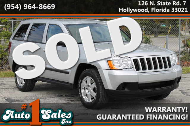 2008 Jeep Grand Cherokee Laredo  WARRANTY CARFAX CERTIFIED  AUTOCHECK CERTIFIED 2 OWNERS 4