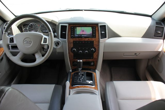 2008 Jeep Grand Cherokee Limited - Sunroof- Nav Mooresville , NC 4