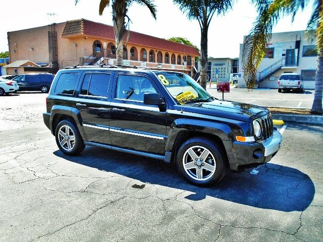 2008 Jeep Patriot Limited Limited warranty included to assure your worry-free purchase AutoCheck