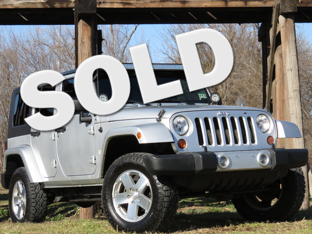 2008 Jeep Wrangler Unlimited Sahara ONLY IN A JEEP CLEAN CARFAX SAHARA HARD TOP AUTO LED