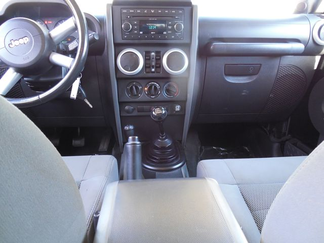 2008 Jeep Wrangler Unlimited Sahara Lifted/W Winch Leesburg, Virginia 34