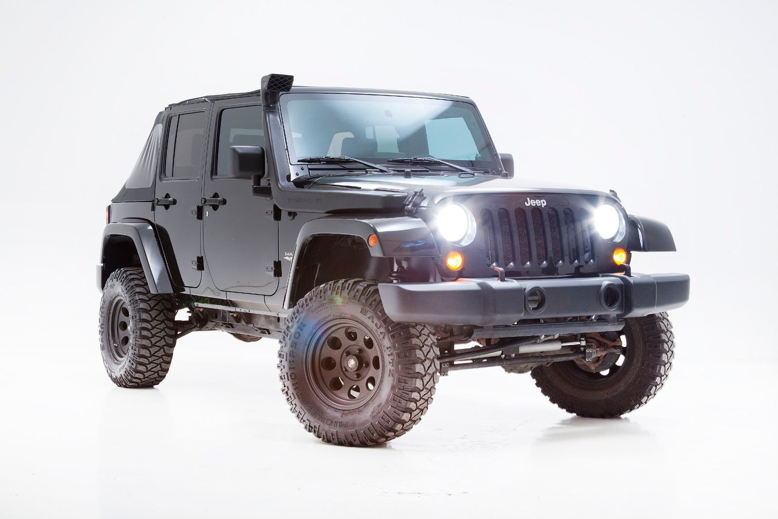 2008 jeep wrangler unlimited sahara lifted with many upgrades