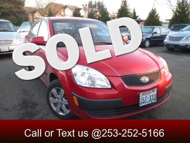 2008 Kia Rio LX Our 2008 Kia Rio comes with everything you need Four doors four cylinder engine