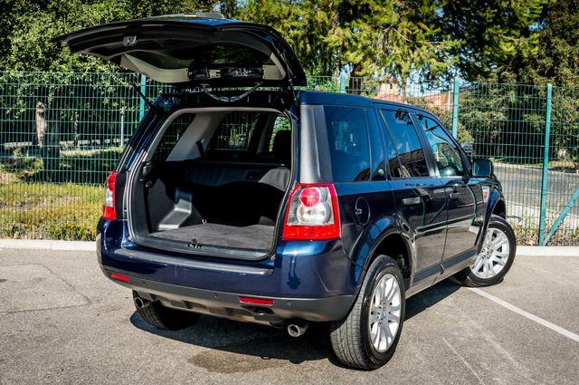 2008 Land Rover LR2 SE 4WD - AUTO - 91K MILES - HTD STS Reseda, CA 11