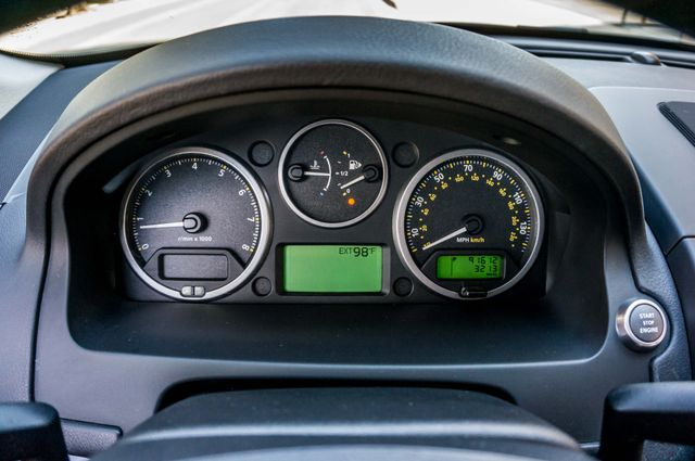 2008 Land Rover LR2 SE 4WD - AUTO - 91K MILES - HTD STS Reseda, CA 15