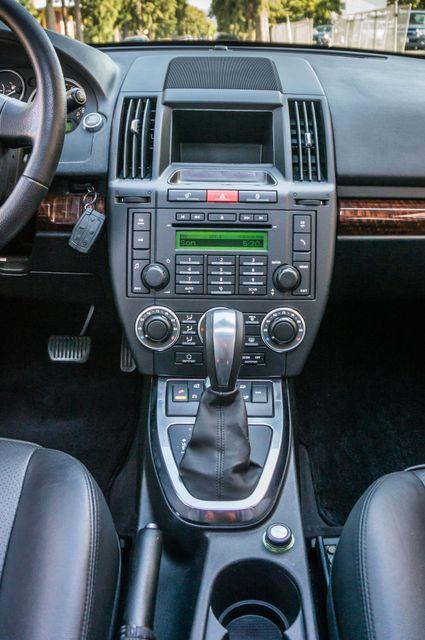 2008 Land Rover LR2 SE 4WD - AUTO - 91K MILES - HTD STS Reseda, CA 20