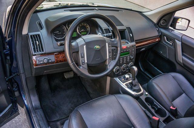 2008 Land Rover LR2 SE 4WD - AUTO - 91K MILES - HTD STS Reseda, CA 14