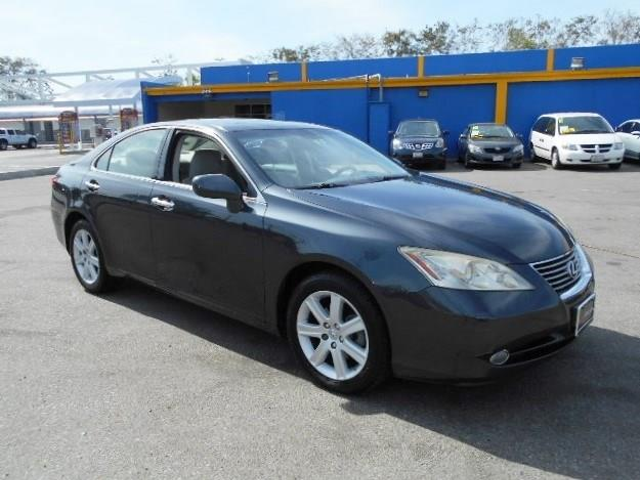 2008 Lexus ES 350 350 Limited warranty included to assure your worry-free purchase AutoCheck repo