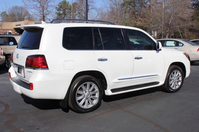 2008 Lexus LX 570 4WD - TECH PKG - REAR DVD - HEATED/COOLED LEATHER! Mooresville , NC 23