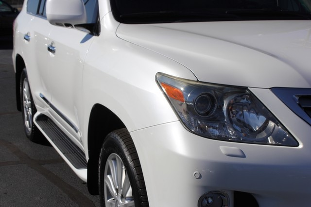 2008 Lexus LX 570 4WD - TECH PKG - REAR DVD - HEATED/COOLED LEATHER! Mooresville , NC 25