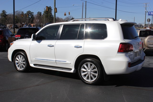 2008 Lexus LX 570 4WD - TECH PKG - REAR DVD - HEATED/COOLED LEATHER! Mooresville , NC 24