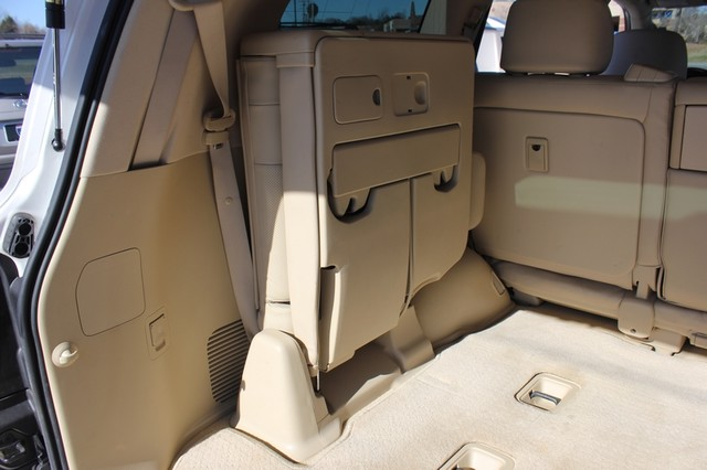 2008 Lexus LX 570 4WD - TECH PKG - REAR DVD - HEATED/COOLED LEATHER! Mooresville , NC 64