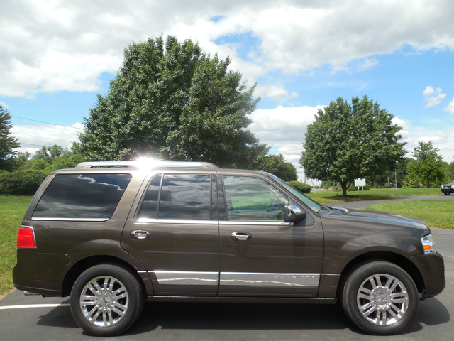 2008 Lincoln Navigator Leesburg, Virginia 3