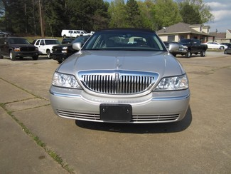 2008 Lincoln Town Car Limited Batesville, Mississippi 4
