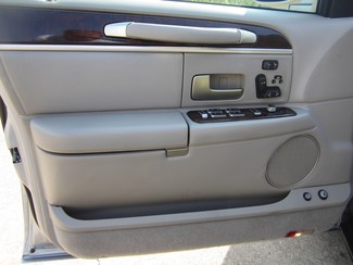 2008 Lincoln Town Car Limited Batesville, Mississippi 9