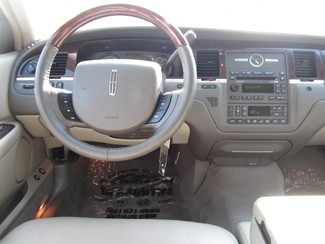 2008 Lincoln Town Car Limited Batesville, Mississippi 12