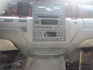 2008 Lincoln Town Car Limited Batesville, Mississippi 13