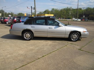 2008 Lincoln Town Car Limited Batesville, Mississippi 2