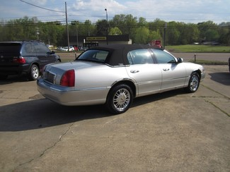 2008 Lincoln Town Car Limited Batesville, Mississippi 7