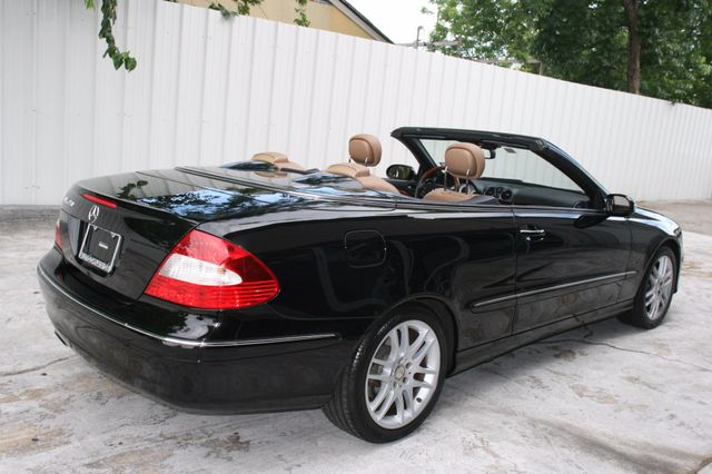 2008 Mercedes-Benz CLK350 CONVT 3.5L Houston, Texas 10