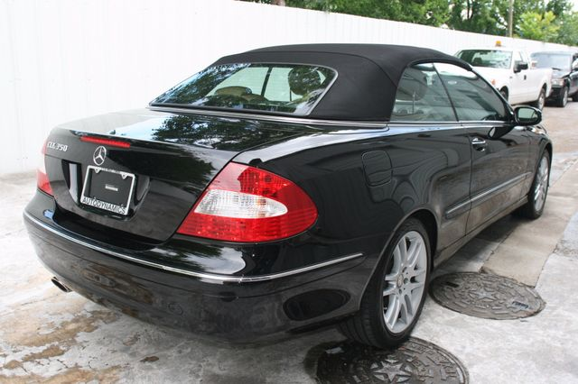 2008 Mercedes-Benz CLK350 CONVT 3.5L Houston, Texas 7