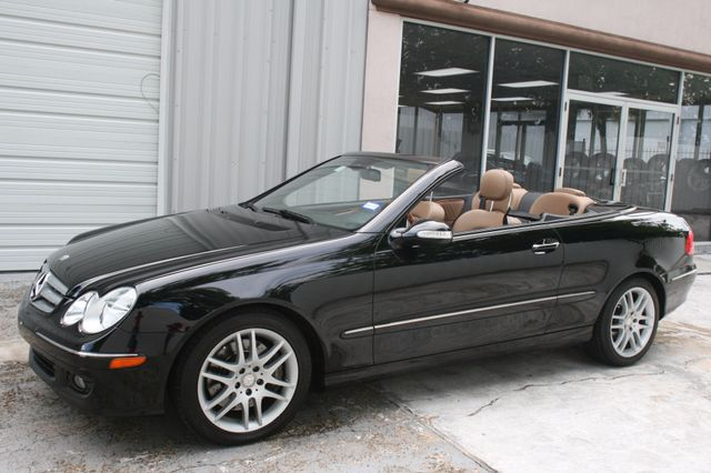 2008 Mercedes-Benz CLK350 CONVT 3.5L Houston, Texas 8
