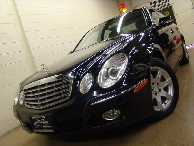 2008 Mercedes-Benz E320 3.0L Batavia, Illinois 0
