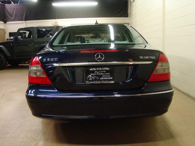 2008 Mercedes-Benz E320 3.0L Batavia, Illinois 3