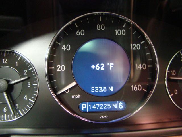 2008 Mercedes-Benz E320 3.0L Batavia, Illinois 7