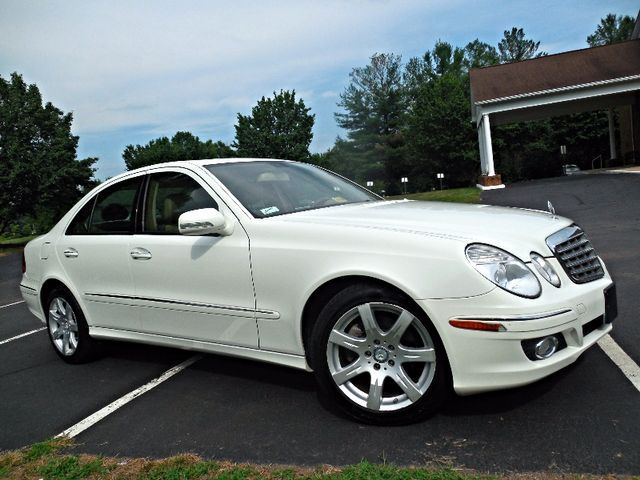 2008 Mercedes-Benz E350 Luxury 3.5L Leesburg, Virginia 1
