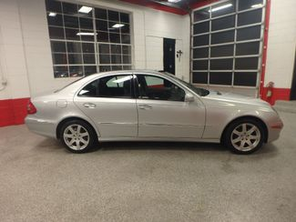 2008 Mercedes E350 4-Matic CLASSY, CLEAN AND  SOLID! LARGE ROOF! Saint Louis Park, MN 1