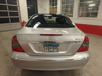 2008 Mercedes E350 4-Matic CLASSY, CLEAN AND  SOLID! LARGE ROOF! Saint Louis Park, MN 10