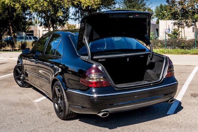 2008 Mercedes-Benz E550 Sport 5.5L Reseda, CA 9