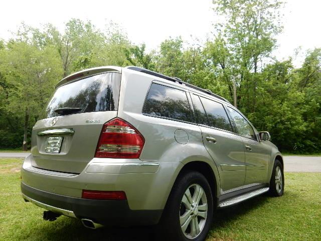 2008 Mercedes-Benz GL450 4.6L Leesburg, Virginia 3