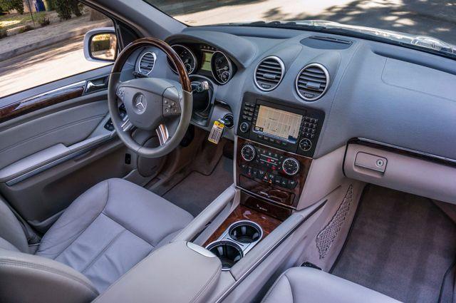 2008 Mercedes-Benz GL550 5.5L Reseda, CA 38