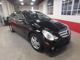 2008 Mercedes R350 4-Matic SERVICED, SHARP R-CLASS, VERY CLEAN! Saint Louis Park, MN