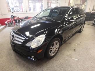 2008 Mercedes R350 4-Matic SERVICED, SHARP R-CLASS, VERY CLEAN! Saint Louis Park, MN 2