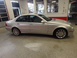 2008 Mercedes E350 4-Matic LUXURY EDITION NEW TIRES, SPORT SKIRTING Saint Louis Park, MN 23