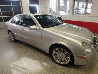 2008 Mercedes E350 4-Matic LUXURY EDITION NEW TIRES, SPORT SKIRTING Saint Louis Park, MN 8