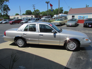 2008 Mercury Grand Marquis GS Fremont, Ohio 2